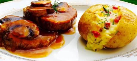 (22)roast beef wit mushroom sauce